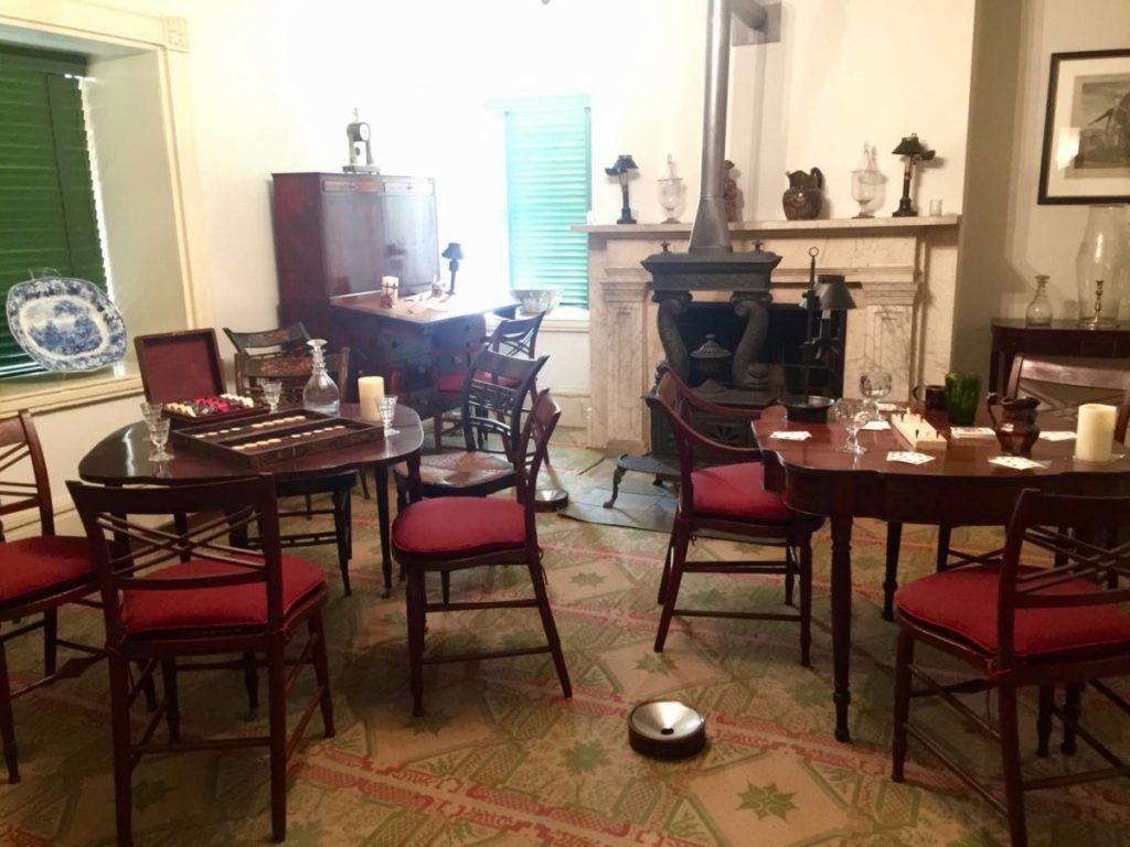 Racconti di viaggio: scoprire il Mount Vernon Hotel, una delle sale dedicate agli uomini