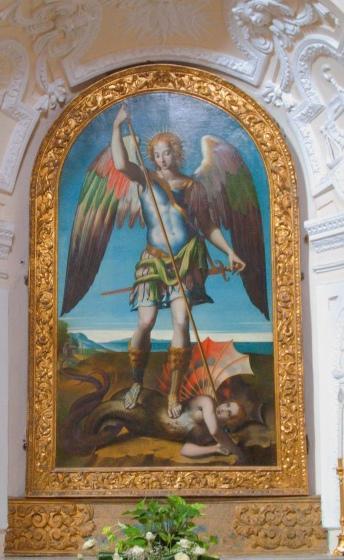 Napoli insolita: la Chiesa di Santa Maria del Parto, San Michele che scaccia il demonio