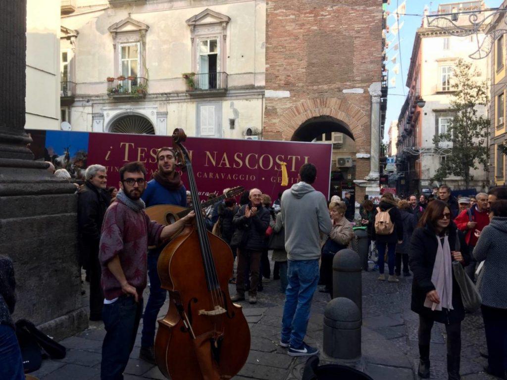 Napoli da non perdere: vita e arte in Via dei Tribunali