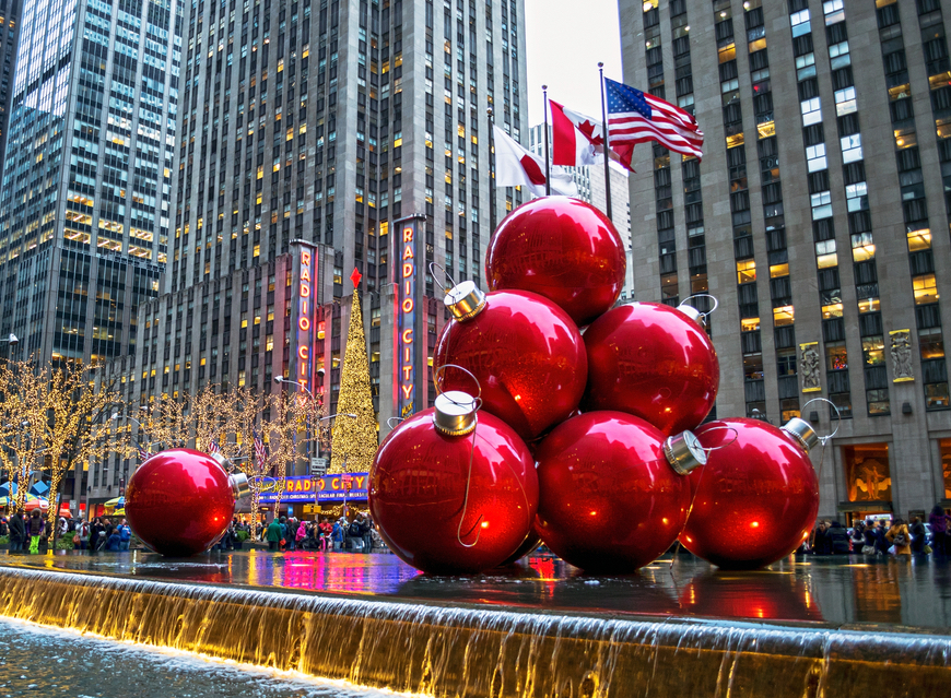 Natale a New York: decorazioni nei pressi del Radio City Music Hall