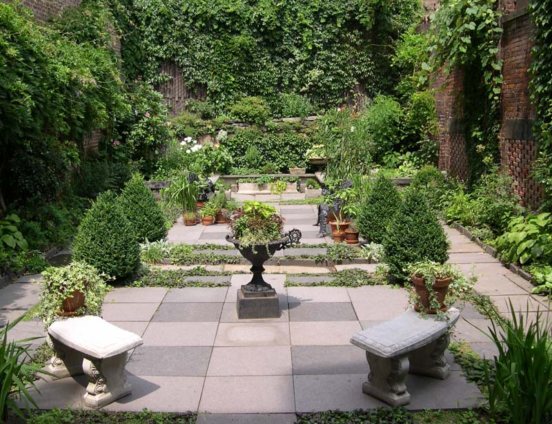 Secret New York: the Merchant's House private garden