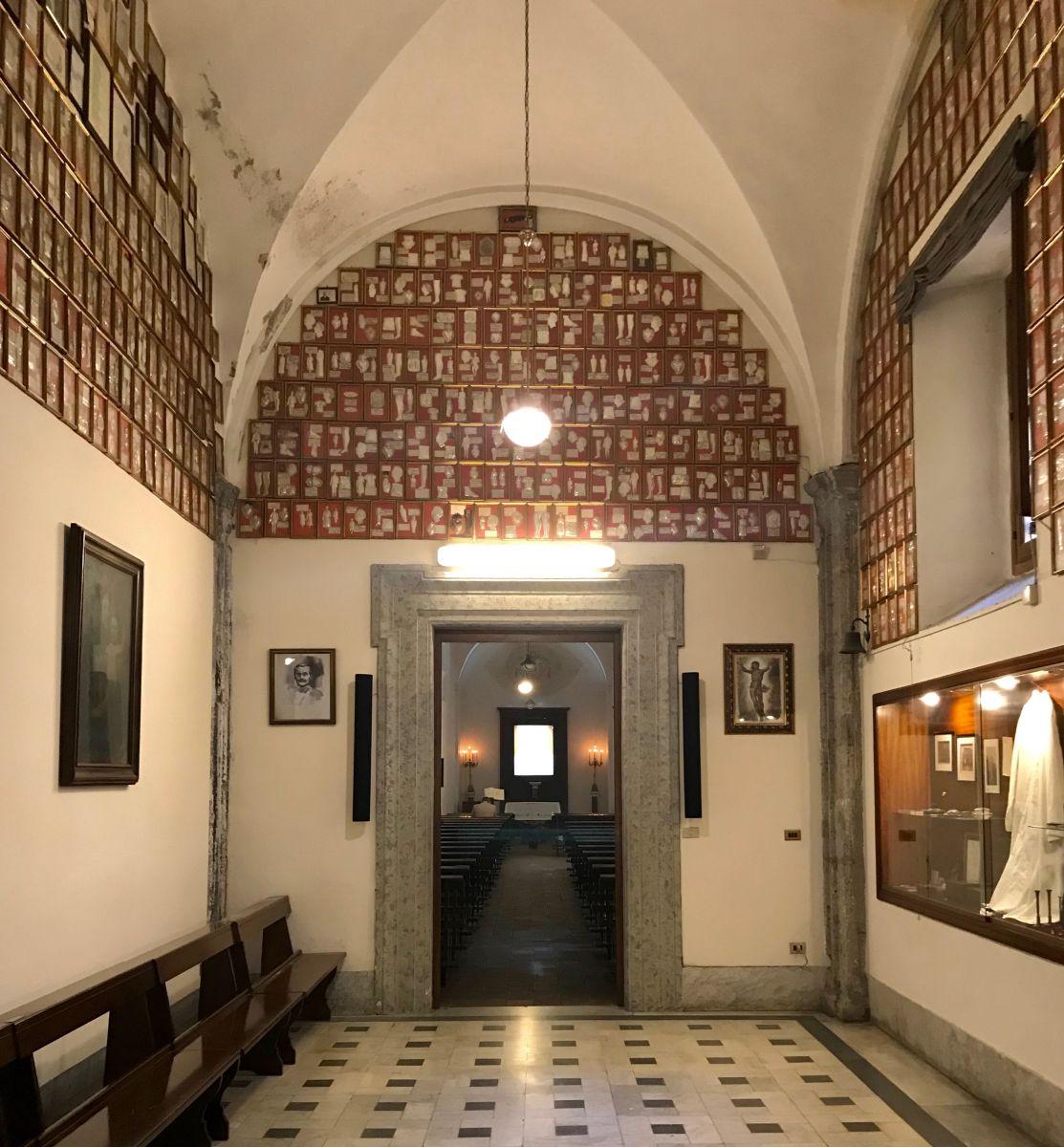 Napoli da scoprire storia aneddoti e luoghi di san for Arredi interni san giuseppe vesuviano