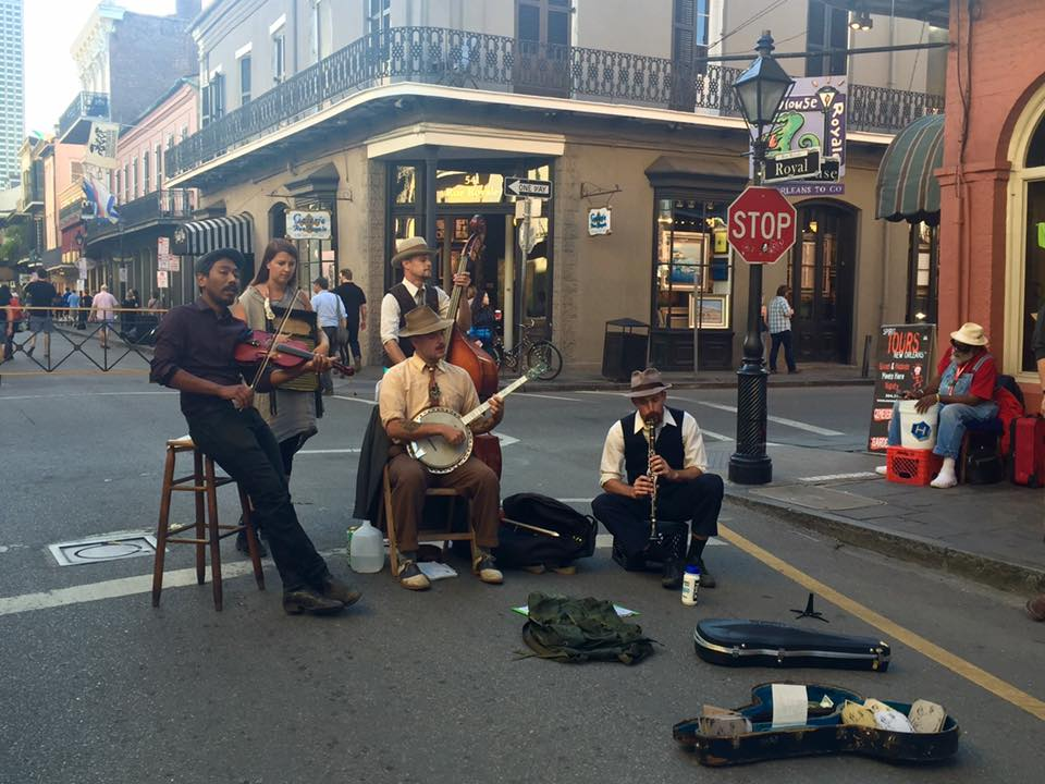 Discover New Orleans: street music in Royal St.