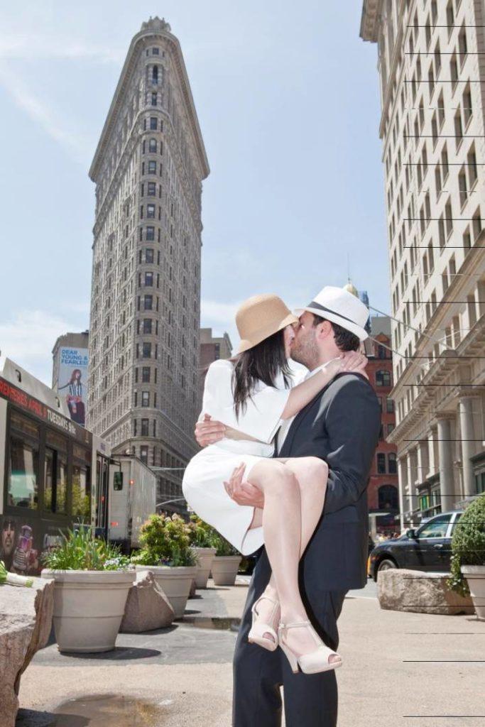 Sposarsi a New York: foto ricordo al Flatiron Building
