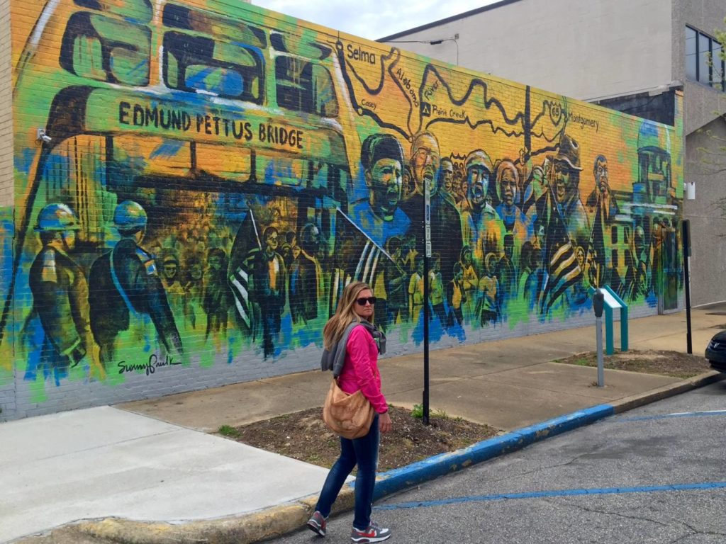 On the road nel Sud USA: Montgomery, Alabama. Murales dedicato alla marcia di Martin Luther King