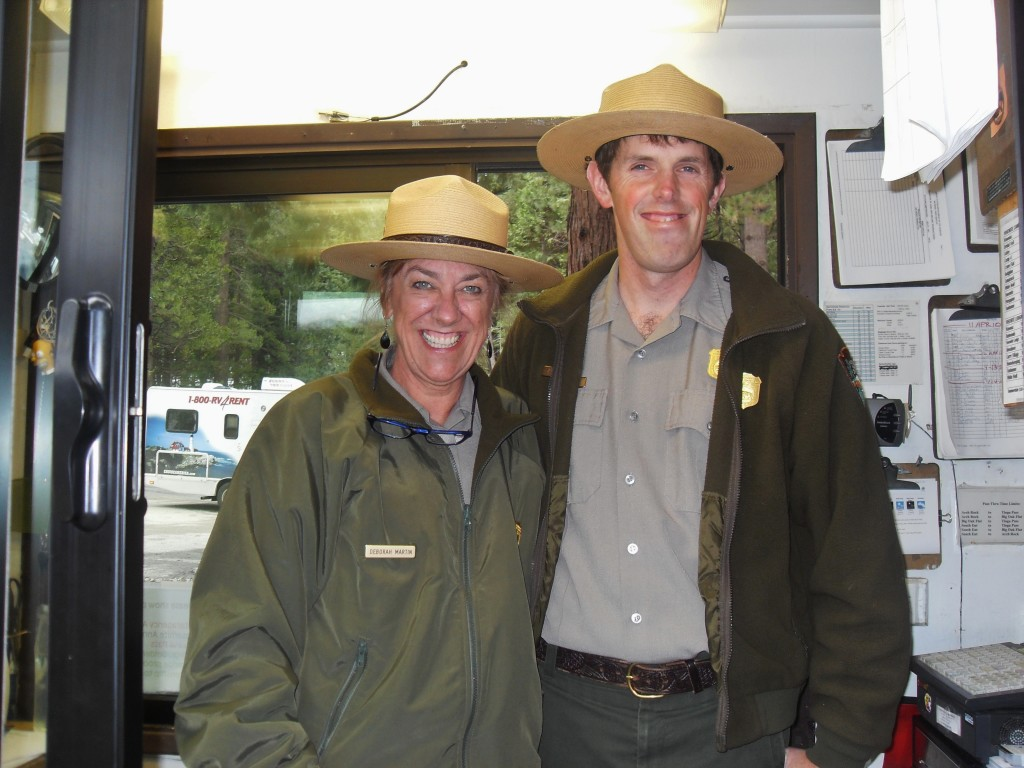 Due simpatici rangers incontrati all'ingresso di Yosemite