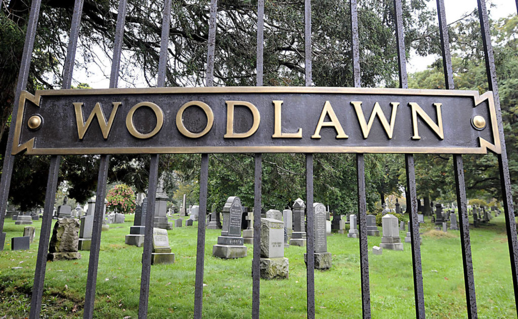 What to see in Bronx: Woodlawn cemetery