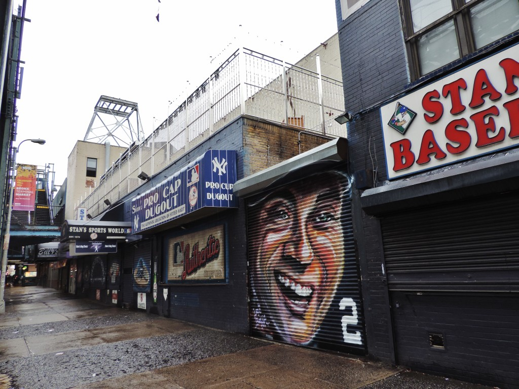 Bronx, nei dintorni dello Yankees Stadium