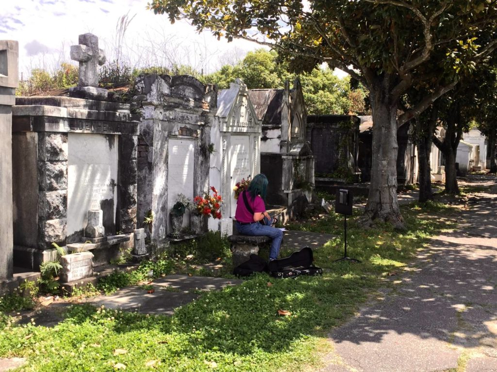 Discover New Orleans: Lafayette Cemetery