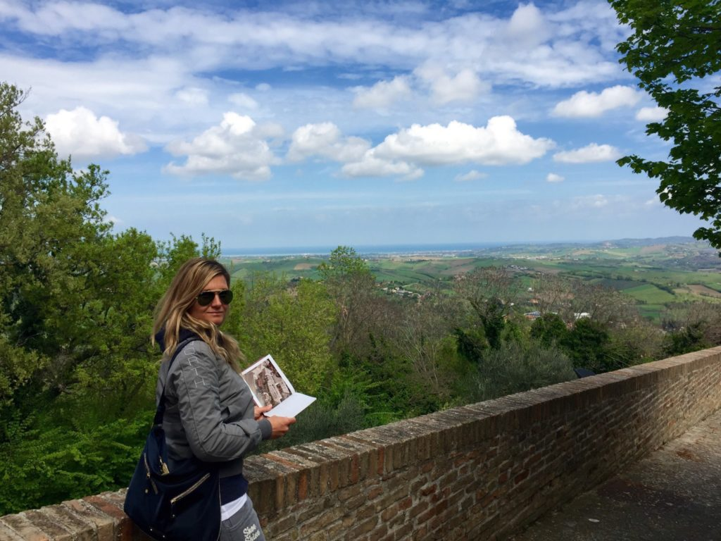 Vista sulla Romagna dal Castello di Montegridolfo