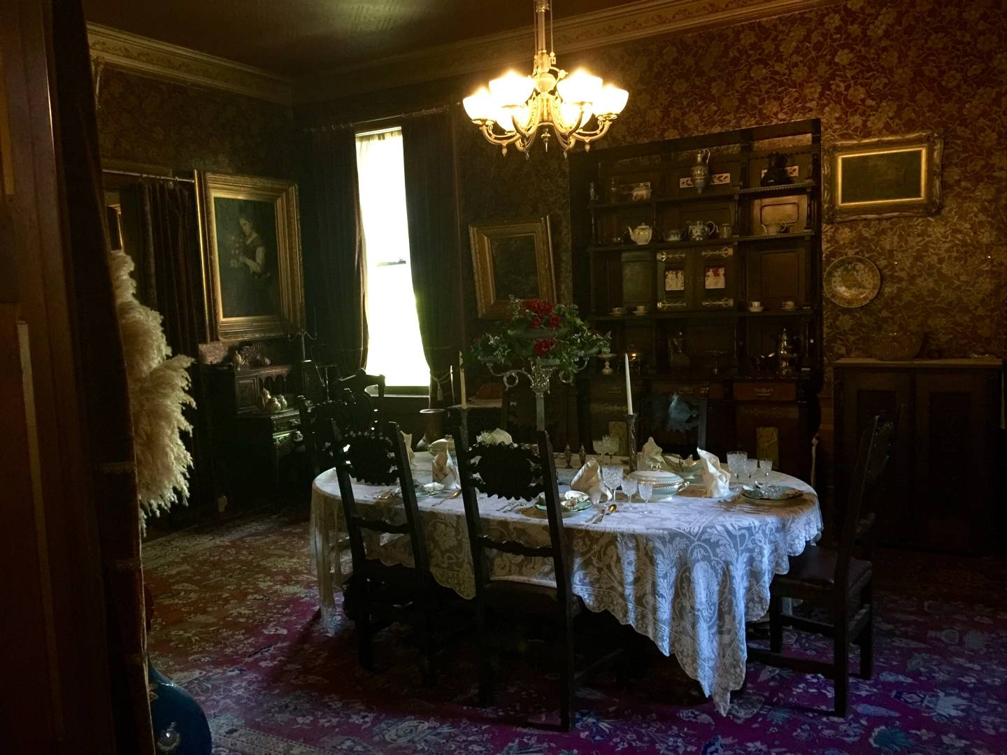 Mark Twain House, dining room