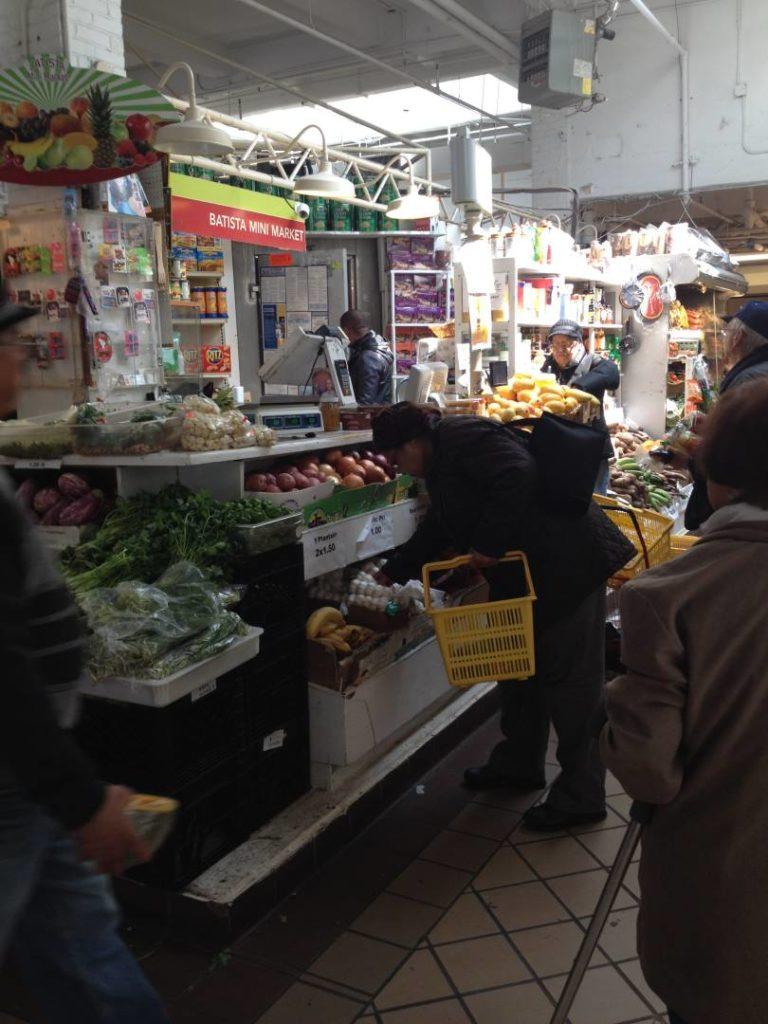 New York itineraries: Essex Street Market, the inside