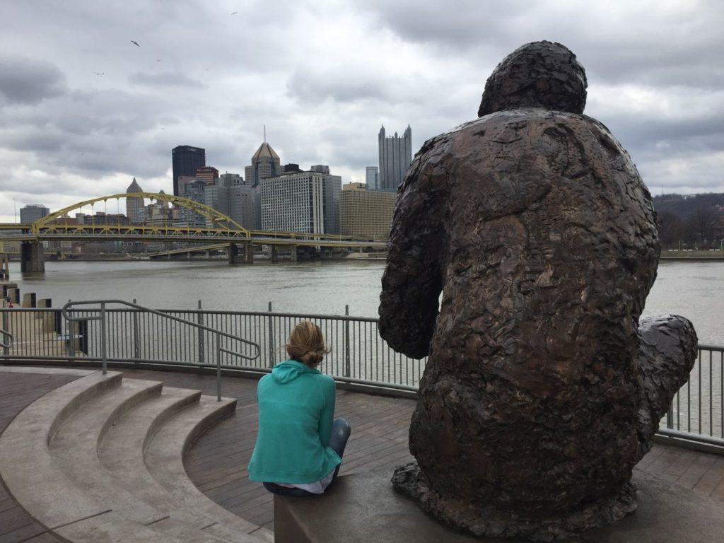 Il Golden Triangle visto dalla Mister Rogers Statue